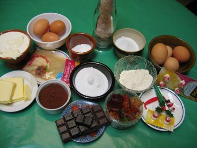 Ingrédients pour la recette : Bûche de Noël au chocolat
