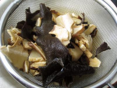 Boudins blancs aux champignons noirs et aux chiitakes - 3.2