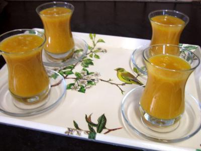 Cuisine mauricienne : Verres de boisson à la mangue et au gingembre