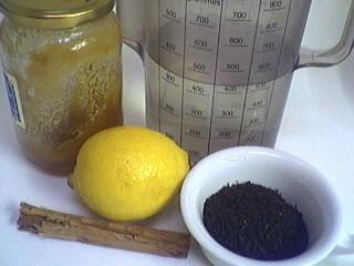Ingrédients pour la recette : Thé à la cannelle