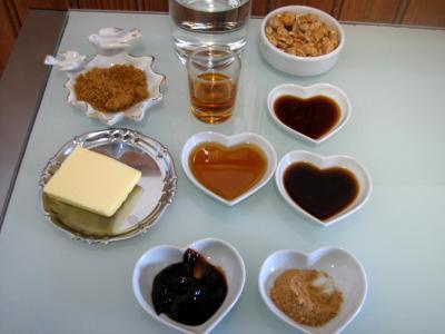 Ingrédients pour la recette : Sauce aux cacahuètes façon chinoise