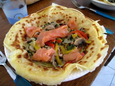 coriandre graines : Crêpes aux épinards, champignons et saumon