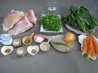 Ingrédients pour la recette : Ailes de raie aux carottes et aux bettes
