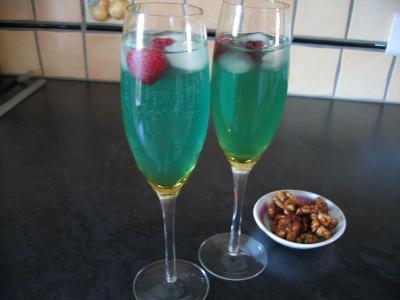 sirop de gingembre : Verres de cocktail valentin au champagne