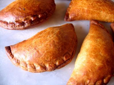 Cuisine slave : Chaussons au cabillaud et sa sauce au citron