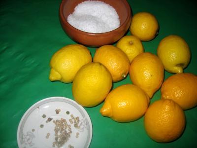 Ingrédients pour la recette : Citrons confits
