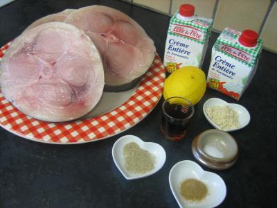 Ingrédients pour la recette : Fondue à l'espadon et sa sauce au citron et au marsala