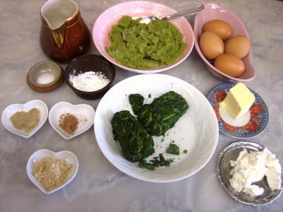 Ingrédients pour la recette : Cassolettes d'oeufs aux restes de purée de brocolis