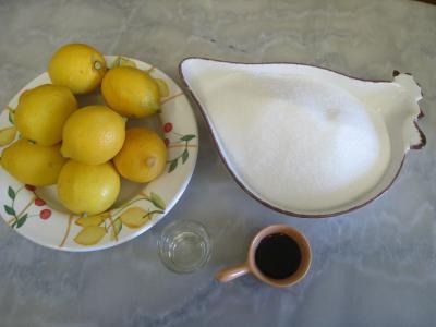 Ingrédients pour la recette : Marmelade de citron à la vanille