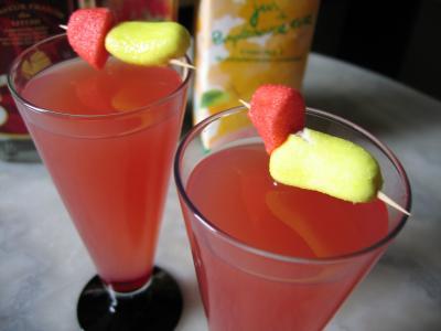 Image : Verres de cocktail de liqueur de litchis
