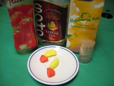Ingrédients pour la recette : Cocktail de liqueur de litchis