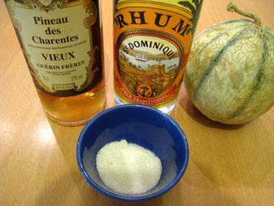 Ingrédients pour la recette : Cocktail de melon au pineau des Charentes