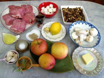 Ingrédients pour la recette : Paupiettes au citron, aux cèpes et aux pommes