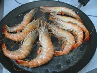 Crevettes flambées et sa sauce au citron et sa purée de fenouil - 9.3