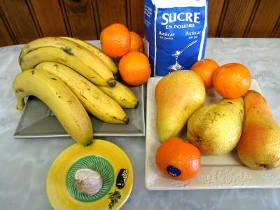 Ingrédients pour la recette : Confiture de bananes et de poires au gingembre