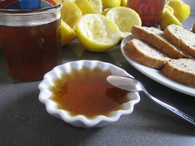 gelée : Ramequin de gelée au citron et à la vanille