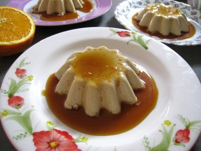 Panna cotta vanille et sauce caramel à l'orange - 7.2