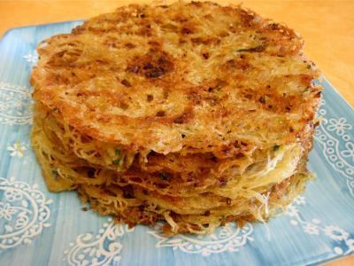 Photo : Vermicelles de riz en galettes pour l'apéritif