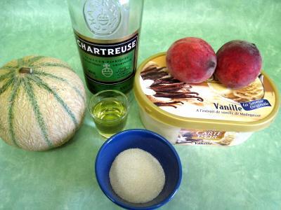 Ingrédients pour la recette : Melon glacé à la liqueur de Chartreuse