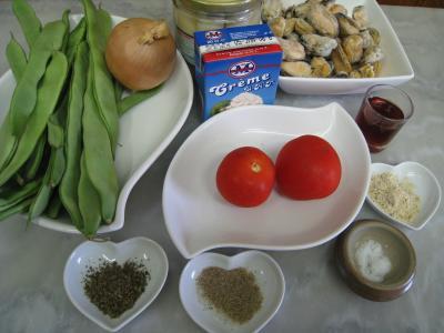 Ingrédients pour la recette : Moules crèmées aux haricots plats