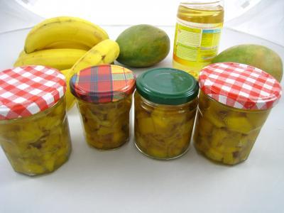 Cuisine antillaise : Bocaux d'achards aux mangues à la mauricienne