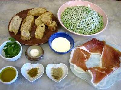 Ingrédients pour la recette : Soupe froide aux petits pois