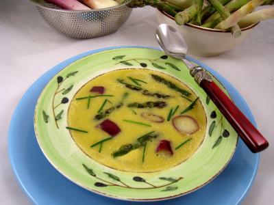 safran : Assiette de crème d'ognasses et asperges
