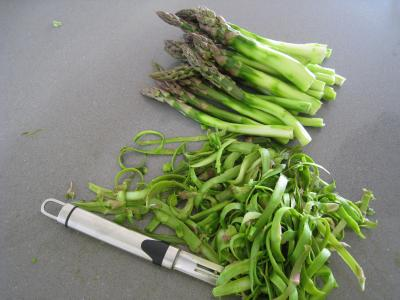 Sauté d'asperges aux oignons et poivron - 4.1