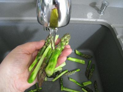 Sauté d'asperges aux oignons et poivron - 4.3