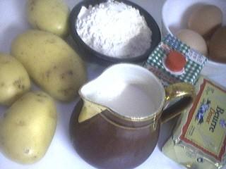 Ingrédients pour la recette : Crêpes Parmentier à la lyonnaise