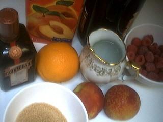 Ingrédients pour la recette : Sangria à la pêche façon Espagnole
