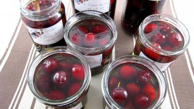 Recette Bocaux de cerises  l&#39;eau de vie