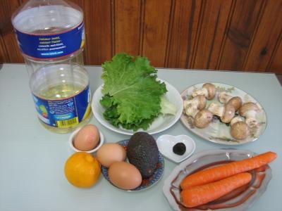 Ingrédients pour la recette : Avocat façon mimosa