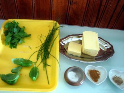 Ingrédients pour la recette : Beurre aux herbes aromatiques