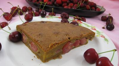 Recette Assiette de clafoutis aux cerises