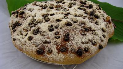 semoule de blé dur : Pain de Gallu aux noix, raisins secs et dattes