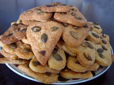 Recette Assiette apéritive de biscuits au Cantal