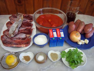 Ingrédients pour la recette : Boeuf au curry et aux pommes de terre