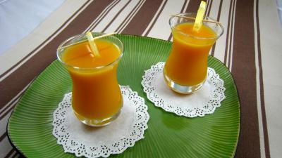 édulcorant : Verres de boisson à l'orange