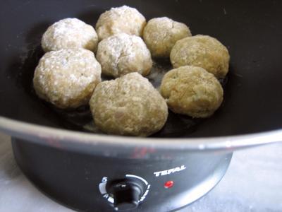 Boulettes de volaille, sauce au fromage blanc - 8.1