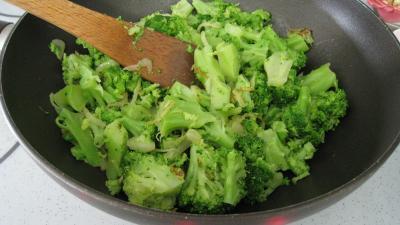 Brocolis à la crème de coco - 5.1