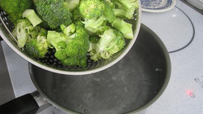 Brocolis aux oeufs en salade - 3.3