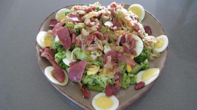 Brocolis aux oeufs en salade - 7.3