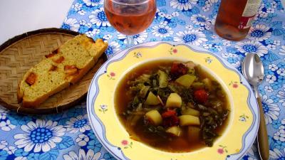 chou blanc : Assiette Caldo verde, soupe façon portugaise