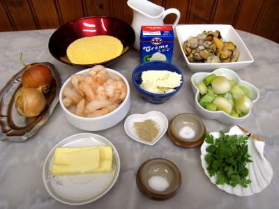 Ingrédients pour la recette : Cassolettes de moules et polenta au boursin