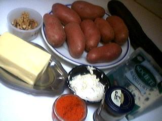 Ingrédients pour la recette : Canapés aux pommes de terre