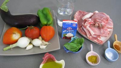 Ingrédients pour la recette : Côtes de porc aux légumes