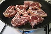 Côtes d'agneau sauce aux framboises - 6.2