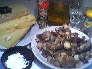 Ingrédients pour la recette : Fondue savoyarde aux cèpes