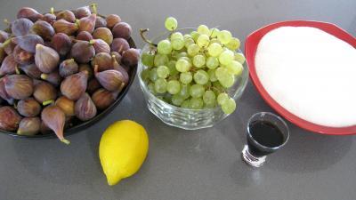 Ingrédients pour la recette : Confiture de figues et raisins